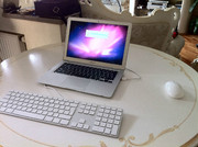 Продам супер тонкий MacBook Air + мышка + выносная клавиатура